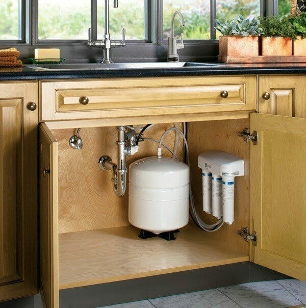How To Change Under Sink Water Filter Casings