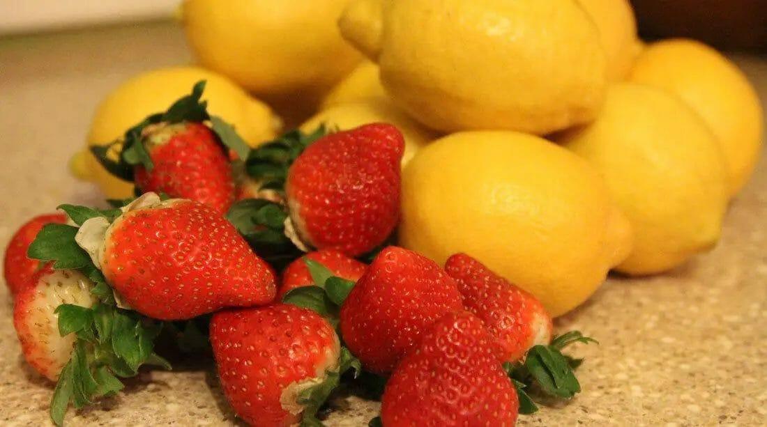 Lemon and Strawberry
