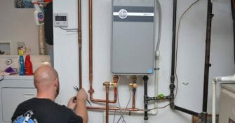 How to Drain an Electric Water Heater