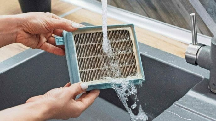 Steps to Clean a Vacuum Filter
